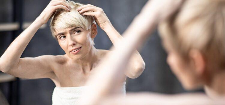 Skuteczne sposoby na walkę z łupieżem skóry głowy