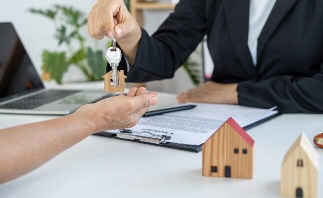 Skup mieszkań – sposób na sprzedaż zadłużonego mieszkania
